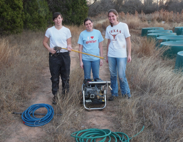 Students working at Brackenridge Field Lab